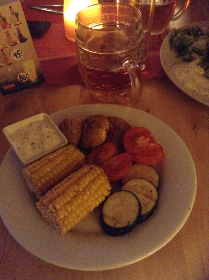 Plat végétarien au DOMECEK café à Prague.