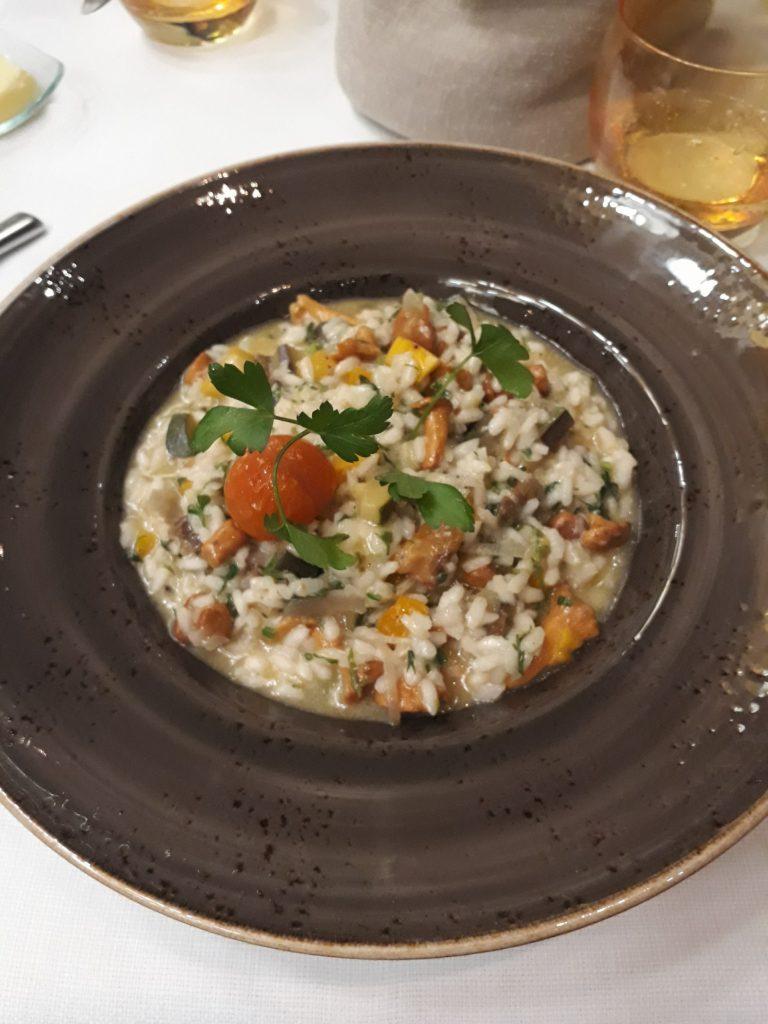 Risotto aux légumes de chez Brasserie 135 à La Hulpe.