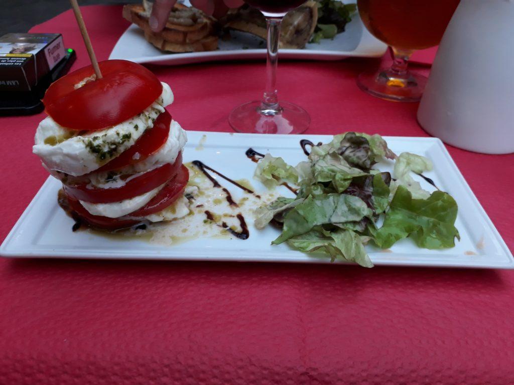 Millefeuille tomate mozza Les compagnons de la grappe Lille